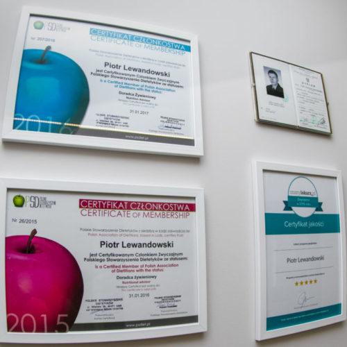 Certyfikaty dietetyka Piotra Lewandowskiego