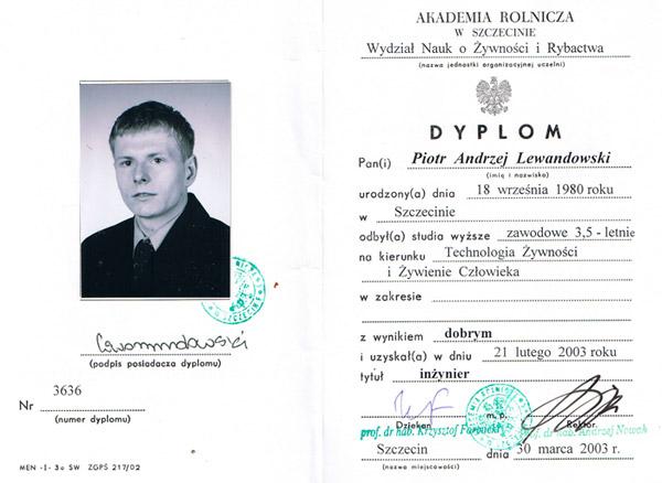 Mgr Piotr Lewandowski dyplom ukończenia Zachodniopomorskiego Uniwersytetu Technicznego